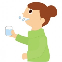 口内炎は塩水でうがい