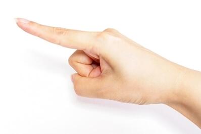 爪がすぐ割れる原因