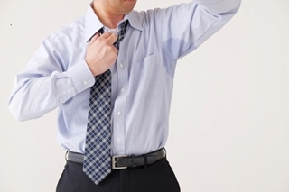 脇汗の原因は男性の場合